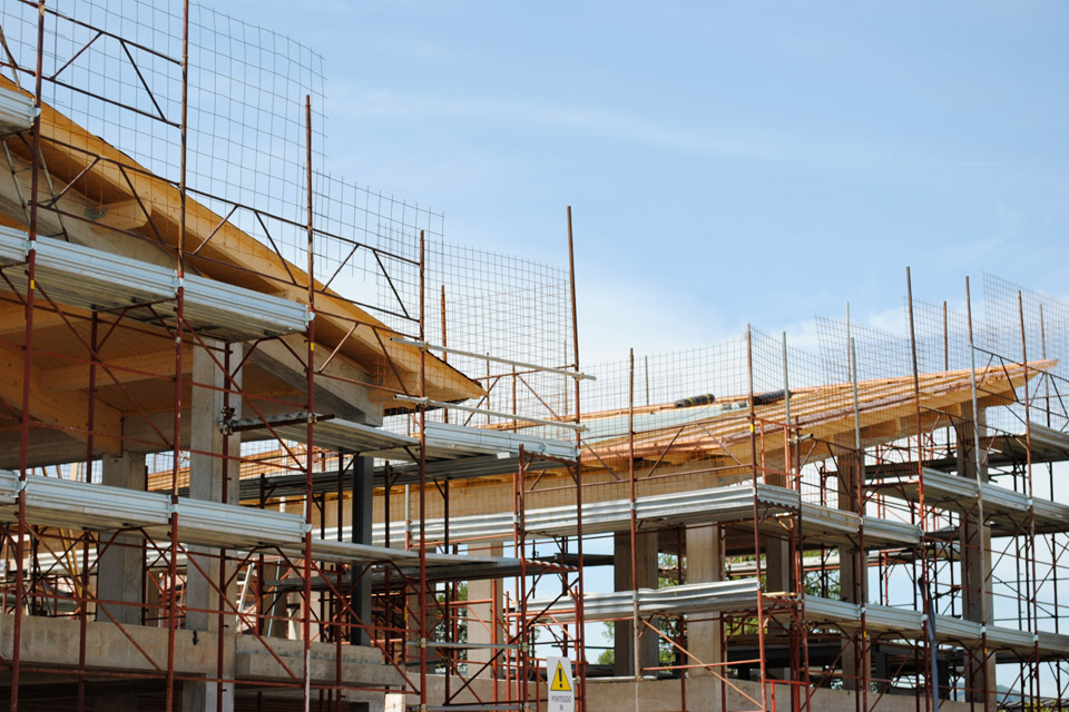 Villa in classe A energetica:particolare del tetto in legno